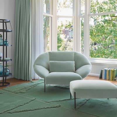 Pai Pai love seat in pale green velvet with Robin rug and Babele round shelf shelf